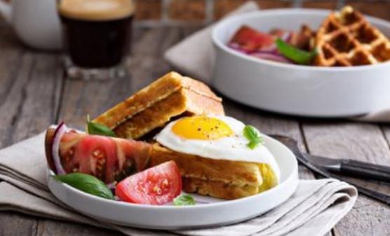 不吃早餐影响女性容貌加速衰老 健康吃早餐要丰富