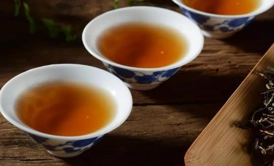 喝茶并不是越浓越好 7杯茶喝出健康